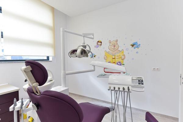 Activitatea clinicii stomatologice din Pitesti a fost suspendata