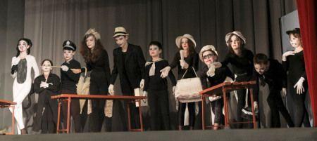 Festivalul Teatrale cu matale 2012