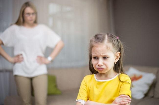 Daca ii spui aceste fraze copilului tau, ESUEZI ca parinte
