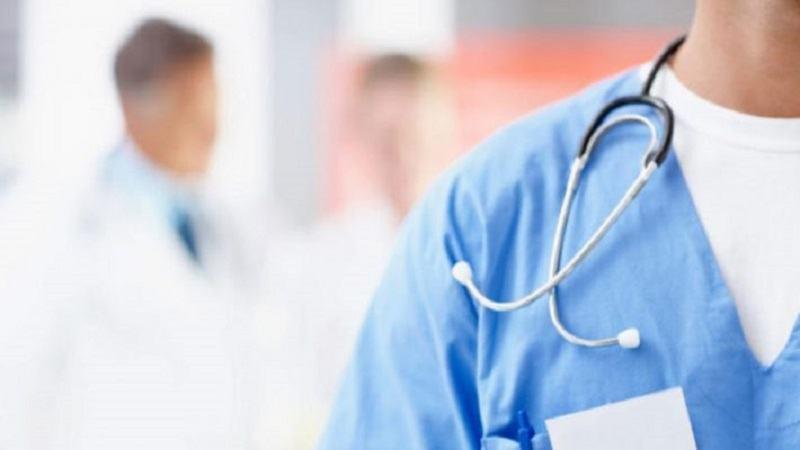 Un medic a fost gasit decedat in cabinetul sau. Acesta era tatal a trei copii