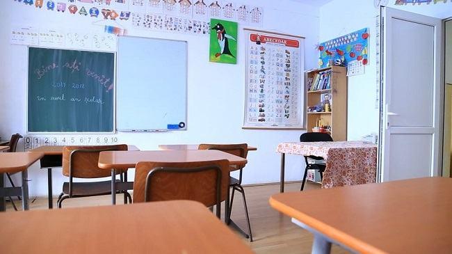 """Scrisoarea virala a unei profesoare de limba romana: """"Astazi imi cer iertare"""""""