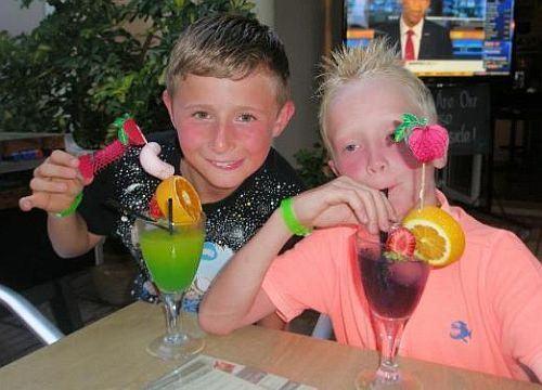 7 cocktail-uri sanatoase si delicioase pentru copii