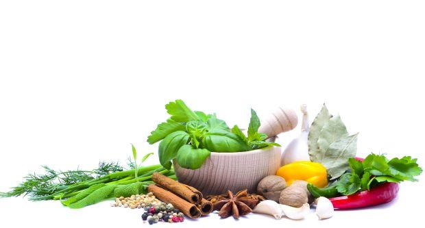 7 condimente care te fac mai sanatoasa