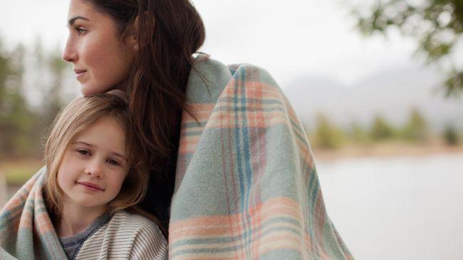 Copiii au nevoie de noi pentru a se conecta cu propriile emotii