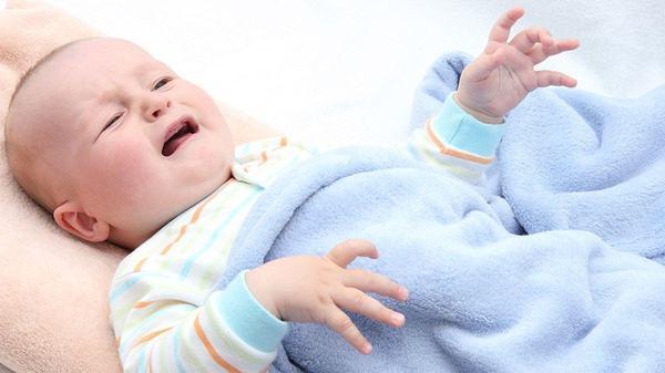 Cum tratezi constipatia la bebelusi