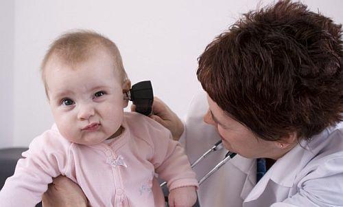 Auzul bebelusului, 5 raspunsuri la curiozitatile parintilor