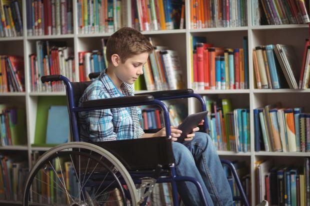 Copiii cu dizabilitati vor primi ajutor financiar din partea Primariei Capitalei