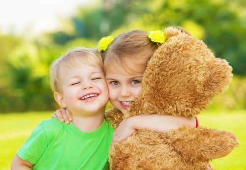 Cum sa NU iti inveti copiii despre modestie