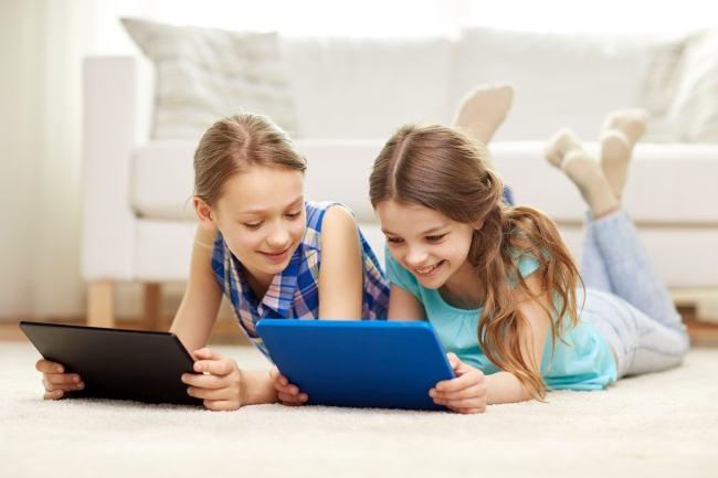 De ce copiii nostri simt nevoia sa se refugieze in lumea virtuala?
