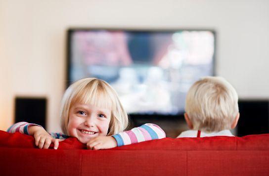 Sfaturi pentru timpul petrecut de copil in fata televizorului