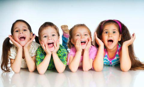 6 motive pentru care copiii mici sunt adorabili