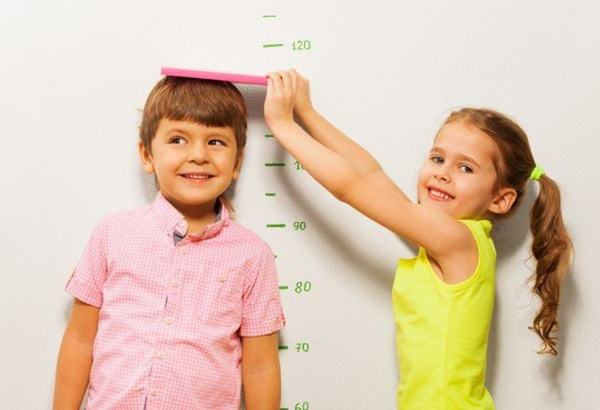 Pana la ce varsta cresc copiii?