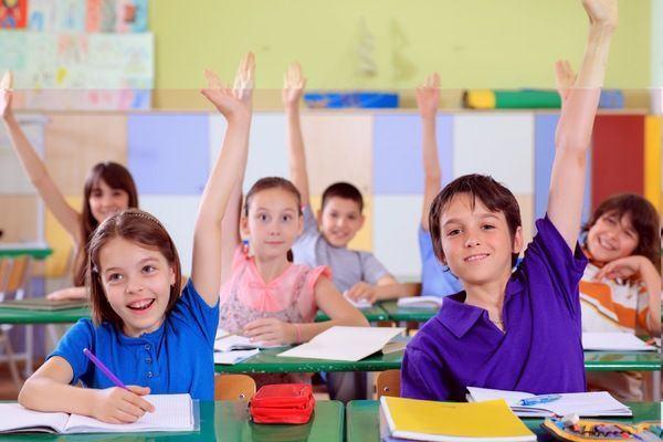 Calendarul si Metodologia de inscriere a copiilor in invatamantul primar pentru anul scolar 2015-2016