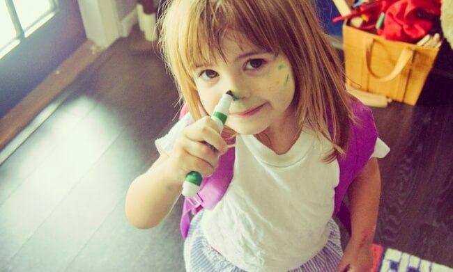 Copiii de 2 ani nu sunt teribili. Doar invata cum sa fie umani