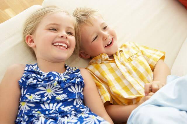 Cum sa cresti un copil bun, nu doar unul care se teme sa fie rau