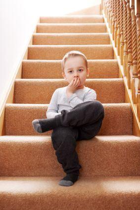 8 pericole nebanuite din casa pentru copii