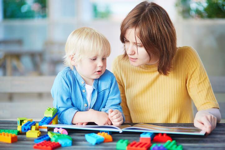 De la ce varsta poate invata copilul o limba straina