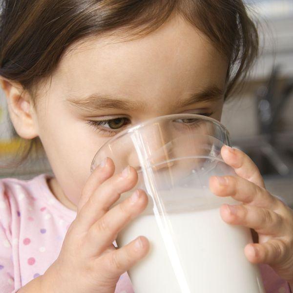 Consumul de lapte la copilul mic