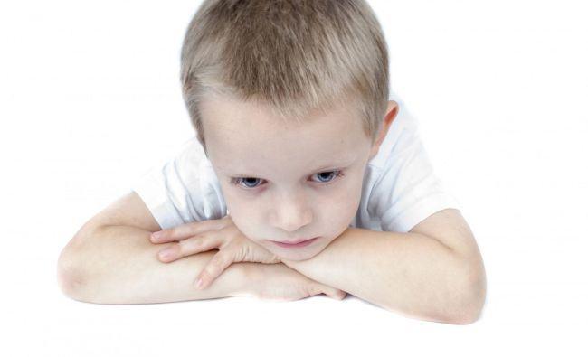 Ai un copil plangacios? Iata cum il dezveti