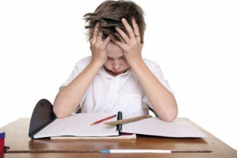 4 semne ca scolarul are nevoie de meditatii