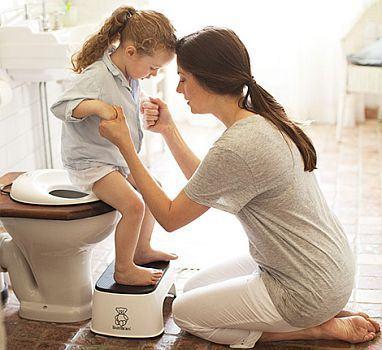 4 solutii pentru problemele legate de folosirea toaletei la prescolari