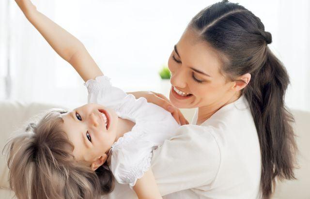 Vrei sa ai un copil optimist? Iata 10 sfaturi
