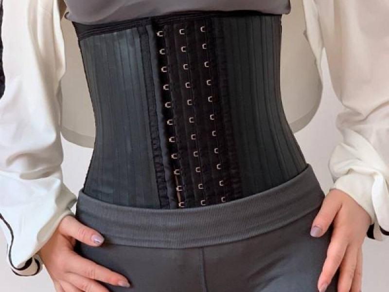 Cand purtam corsete si centuri dupa nastere? Cele de la Clessidra au indicatii clare de utilizare