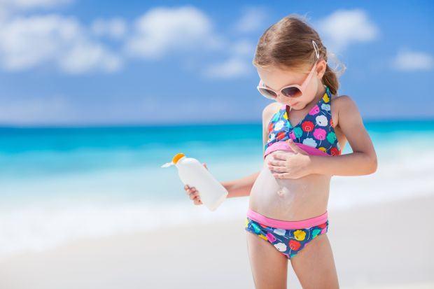 Alegerea costumului de baie pentru copii