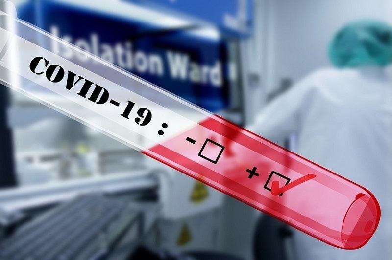 O mama si-a infecatat 17 din cei 18 copii cu COVID-19