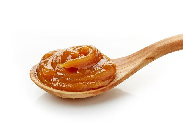 Crema caramel pentru torturi si prajituri