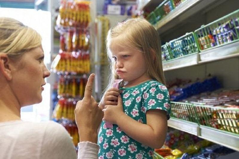 4 FRAZE pentru a pune capat crizelor de isterie ale copilului tau