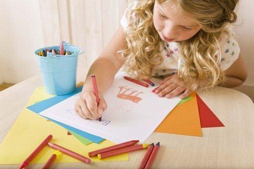 Ce spun desenele copilului tau despre el?