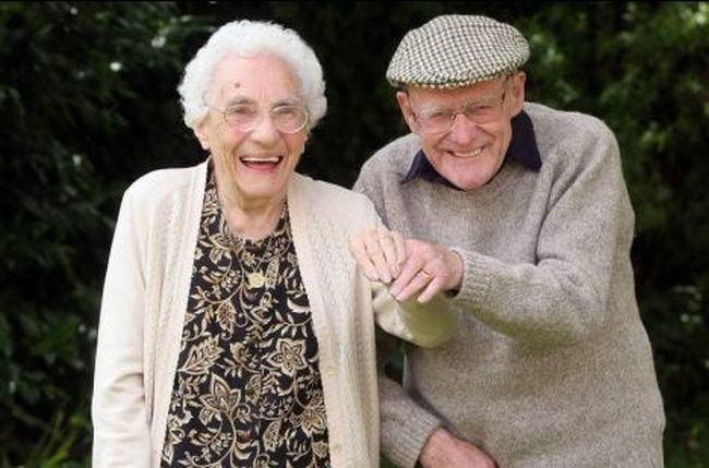 Povestea impresionanta de dragoste a doi batranei si secretul relatiei de cuplu longevive!