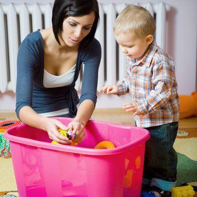 8 trucuri pentru a pastra curatenia cand ai copii mici