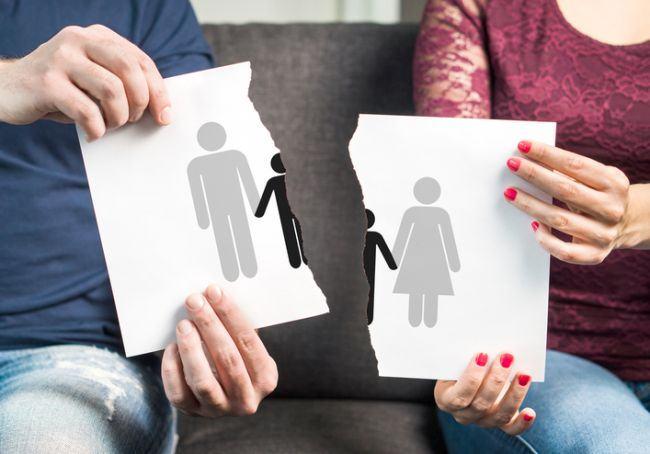 La cine raman copiii dupa divort. Prevederi legale 2018