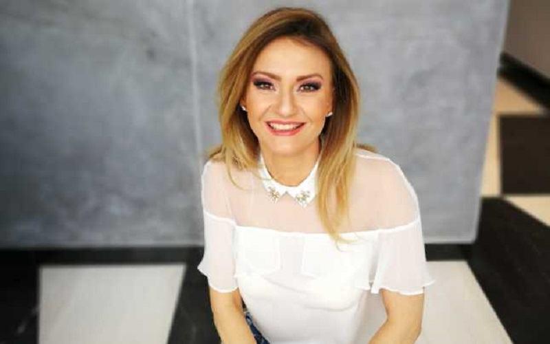 """Dana Razboiu, despre bataile din copilarie: """"Ii spunea sa nu-mi mai dea in cap ca sa nu ma tampeasca"""""""