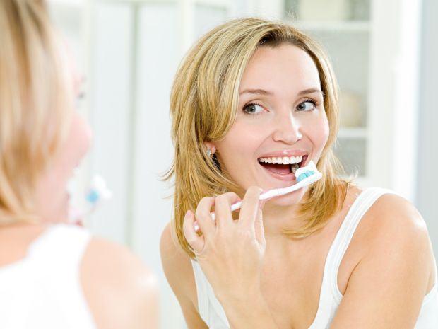 Cum afecteaza sarcina sanatatea orala