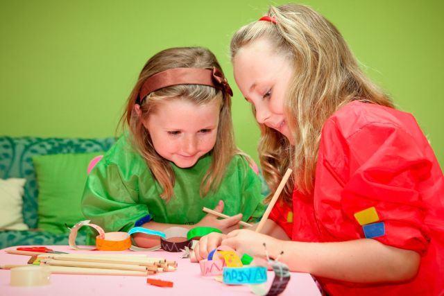 Decoratiuni pentru Craciun facute de copii