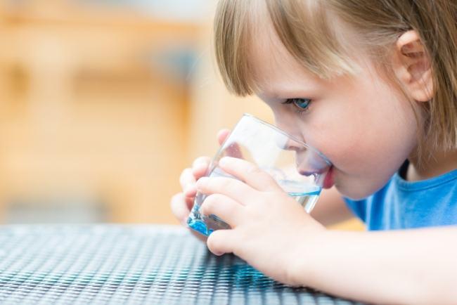 Deshidratarea la copii: ce este si cum se trateaza