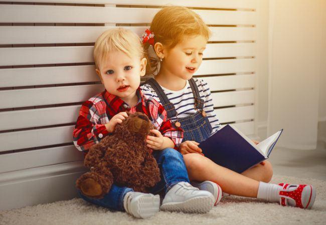 Studiu: fratele cel mic este cel mai prietenos si mai haios