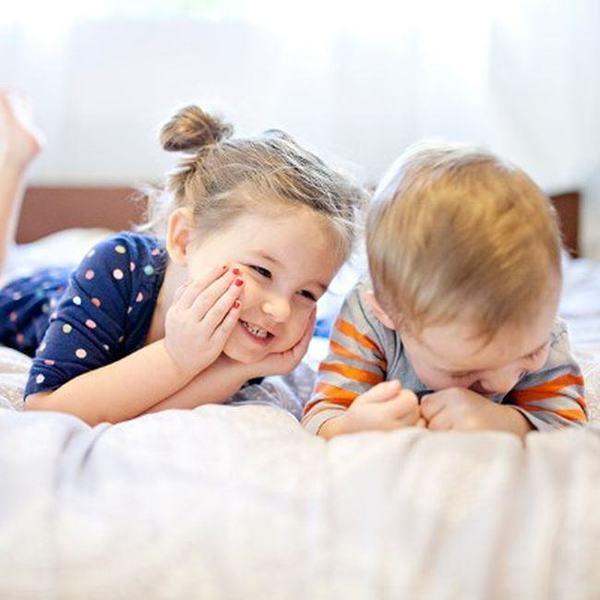 Creierul fetitelor este diferit de cel al baietilor.De ce ele vorbesc mai repede, iar baietii merg mai devreme