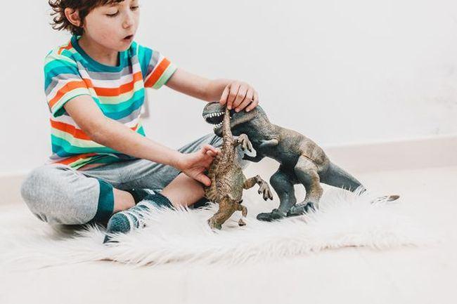 copii-dinozauridinozaur