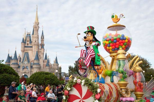 8 curiozitati despre Disneyland
