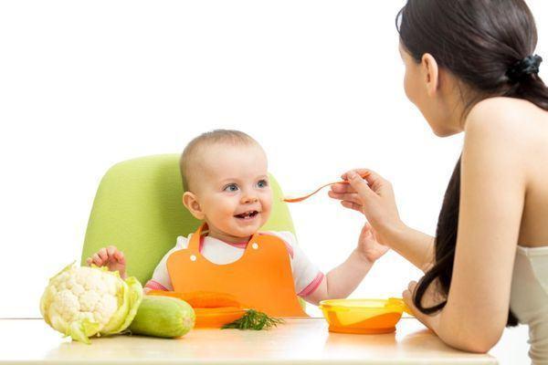 Cand introducem conopida in alimentatia copilului