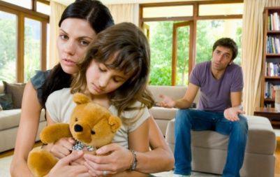 Divortul parintilor si copilul, cum il afecteaza si cum il ajuti sa treaca peste?