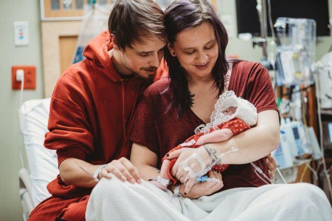 A nascut un copil fara creier pentru a salva alte vieti