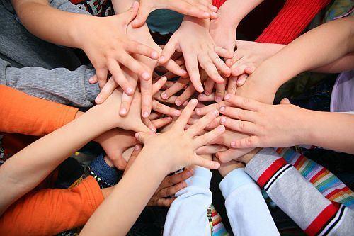 Imagini pentru copii si discriminarea