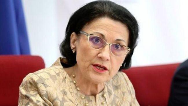 Ecaterina Andronescu vrea ca parintii sa nu-si mai poata duce copiii la scolile preferate