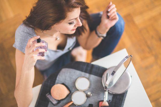 Economii istete la banii dati pe cosmetice