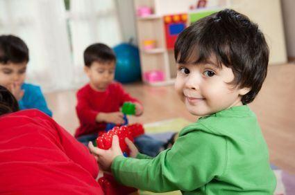 Educatia copilului mic (2-3 ani)